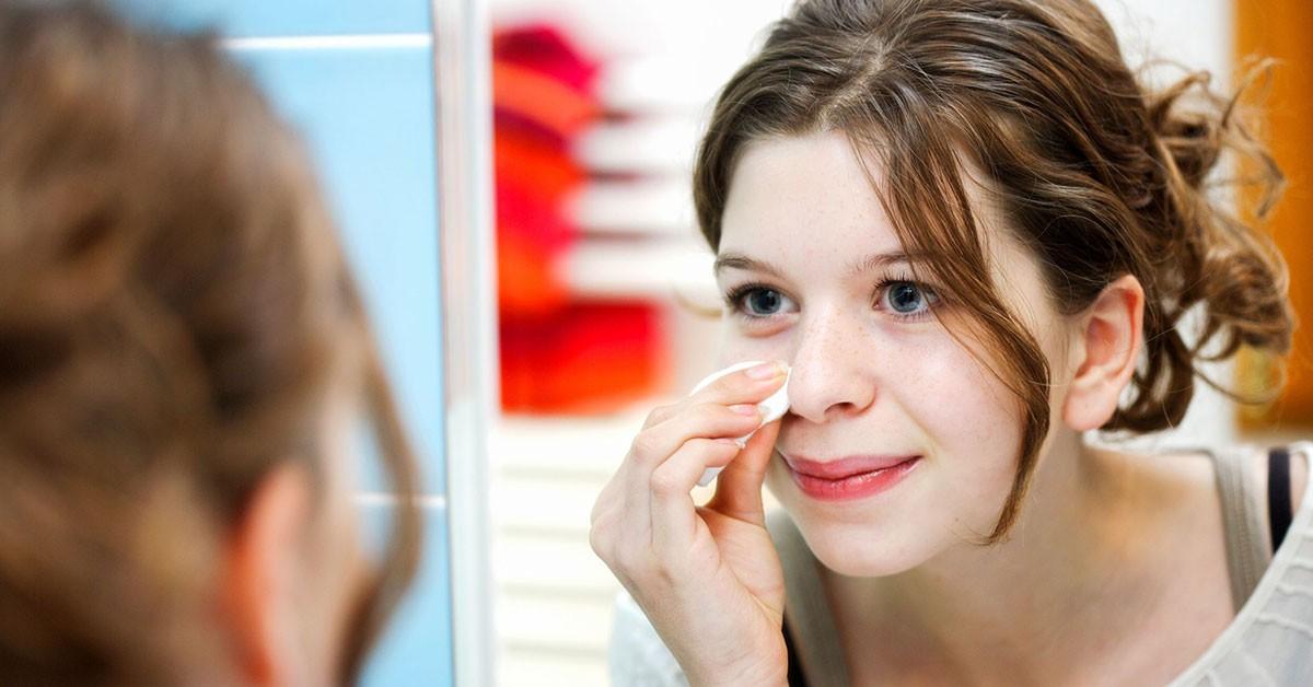 Угревая сыпь неправильного ухода за кожей закупорка пор кожи сыпь у взрослых поддается лечению